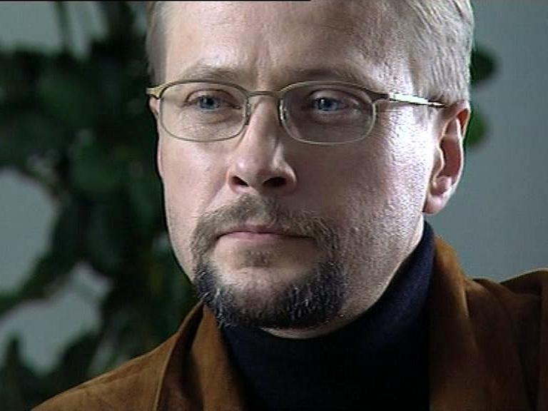 Niuz (2002)