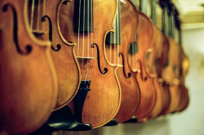 The Stradivari (2016)