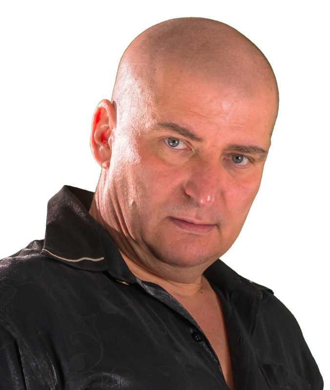 Bartosz Brzeskot